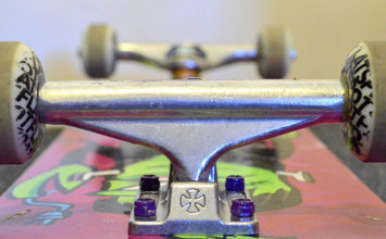 How to choose skateboard trucks