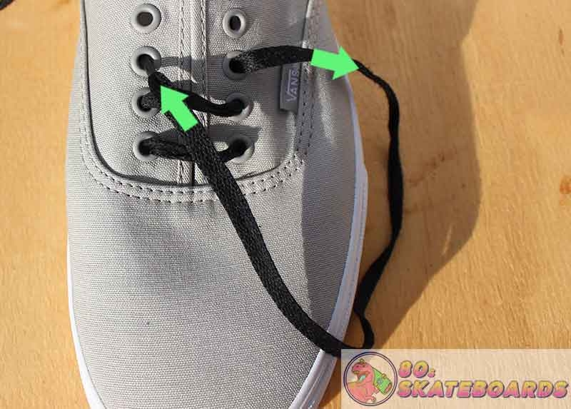 how to lace vans with 5 holes Step 5