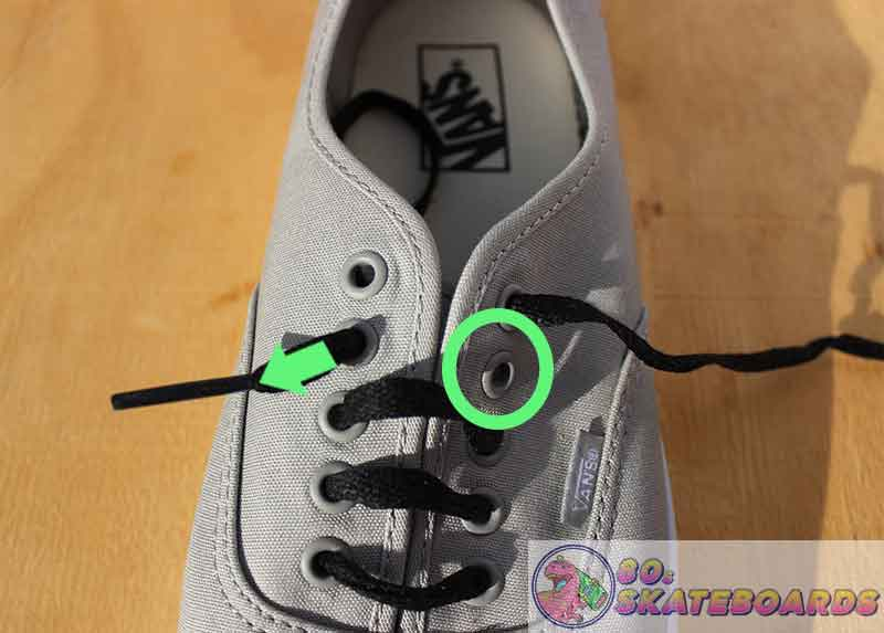 how to lace vans with 5 holes step 7
