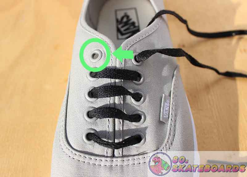 how to lace vans with 5 holes step 8
