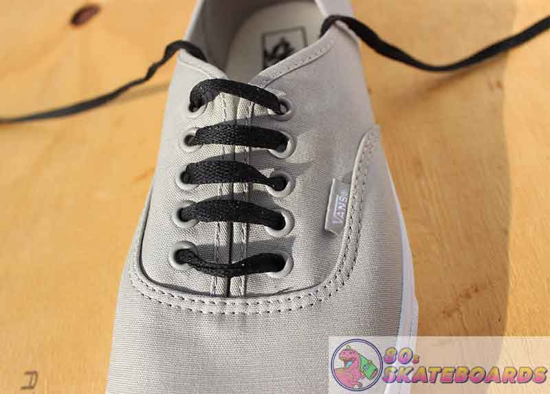 how to lace vans with 5 holes step 9